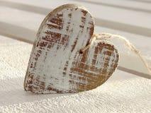 Coração de madeira fotografia de stock