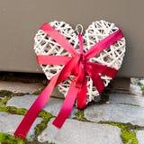 Coração de madeira decorativo Fotografia de Stock