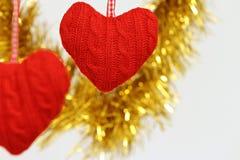 Coração de suspensão dado forma da decoração Imagem de Stock