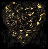 Coração decorativo do ouro com flores em um fundo sujo ilustração royalty free