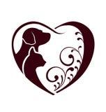 Coração do amor do cão do gato Foto de Stock Royalty Free