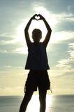 Coração do AMOR feito com mãos Imagens de Stock