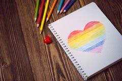 Coração do arco-íris do desenho Imagens de Stock Royalty Free