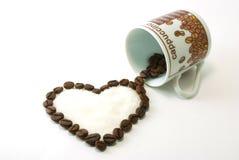 Coração do café com açúcar para dentro Fotos de Stock Royalty Free