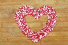 Coração do contorno dos corações pequenos fotografia de stock