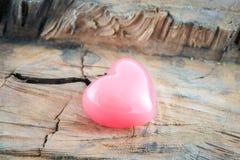 Coração do coração do rosa do fundo do dia de Valentim fotografia de stock royalty free