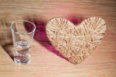 Coração do lenticum de linho no carvalho Fotos de Stock