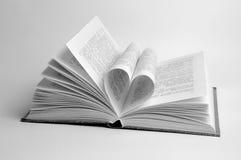 Coração do livro fotografia de stock royalty free