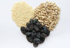 Coração dos frutos secos Imagem de Stock