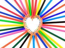 Coração dos lápis da cor Fotos de Stock Royalty Free