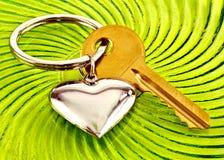 Coração e chave Imagens de Stock Royalty Free