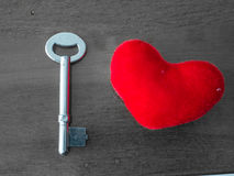 Coração e chave foto de stock royalty free