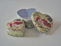 Coração e rosas fotografia de stock royalty free