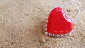 Coração em Valentine& x27; dia de s a você apenas imagens de stock