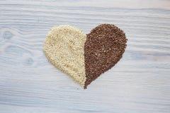 Coração feito ou as sementes fotografia de stock