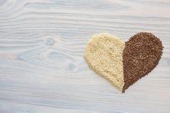 Coração feito ou as sementes imagem de stock royalty free