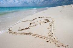 Coração na areia Foto de Stock Royalty Free