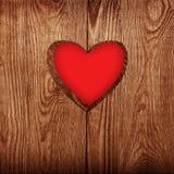Coração na madeira   Imagens de Stock