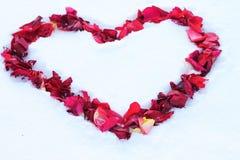 Coração na neve Fotos de Stock Royalty Free