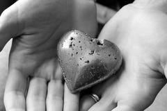 Coração nas mãos Imagem de Stock Royalty Free