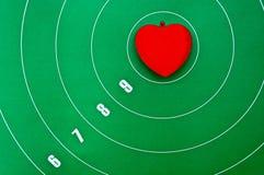 Coração no centro do alvo Fotografia de Stock Royalty Free