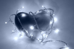 Coração no filtro azul fotografia de stock