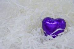 Coração roxo dos doces em um branco Imagem de Stock Royalty Free