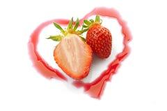 Coração um meio das morangos Foto de Stock Royalty Free