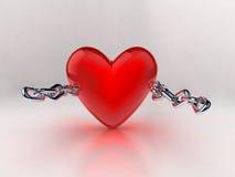 Coração vermelho com corrente de prata Imagens de Stock Royalty Free