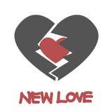 Coração vermelho novo em coração quebrado, amor novo Fotografia de Stock