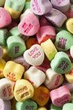 Corações coloridos da conversação dos doces fotografia de stock royalty free
