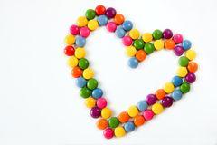 Corações coloridos feitos dos doces Fotografia de Stock