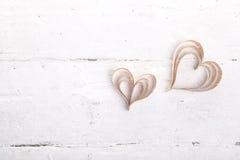 corações Coração-dados forma dos Valentim do St do entalhe Imagens de Stock
