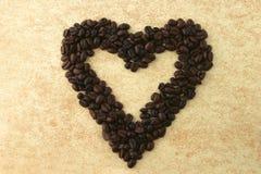 Corações de feijões de café Fotos de Stock Royalty Free