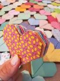 Corações de Origami imagens de stock royalty free