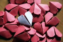 Corações de papel de Origami Fotografia de Stock Royalty Free