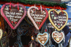 Corações do pão-de-espécie em Theresienwiese em Munich, Alemanha, 2015 Foto de Stock