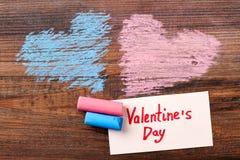 Corações e cartão coloridos Foto de Stock Royalty Free