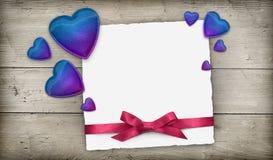 Corações e fita do cartão de Greeging Fotos de Stock