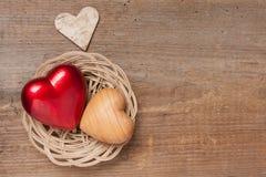 Corações em uma cesta Fotografia de Stock