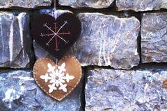 Corações feitos à mão de matéria têxtil Fotografia de Stock