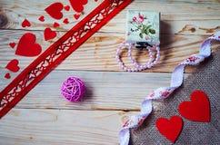 Corações, flores, fitas Fotografia de Stock Royalty Free