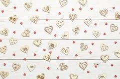 Corações no fundo de madeira Foto de Stock Royalty Free
