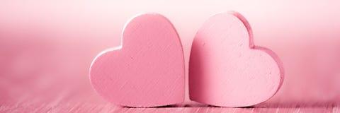 Cora??es r?sticos cor-de-rosa do dia de Valentim foto de stock royalty free
