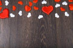 Corações vermelhos e brancos Imagem de Stock