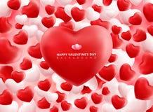 Corações vermelhos e brancos macios e lisos dos Valentim em Backgrou cor-de-rosa Fotos de Stock Royalty Free