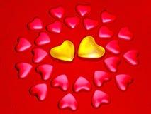 Corações vermelhos e brilhantes do ouro ilustração stock