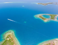 Coral Reef et antenne de Caye Photographie stock
