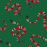 Coral Snakes Seamless Pattern Fundo da forma da pele de serpente para a tela de matéria têxtil, cópias, papel de parede Réptil an ilustração do vetor