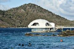 Coral World Undersea Observatory Huracán-dañada imagenes de archivo